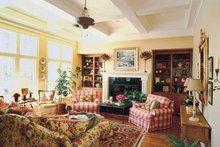Colonial Interior - Family Room Plan #927-393