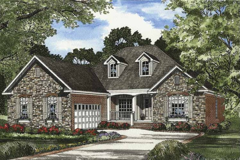 Traditional Exterior - Front Elevation Plan #17-3294 - Houseplans.com
