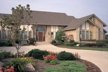 Contemporary Exterior - Front Elevation Plan #72-788