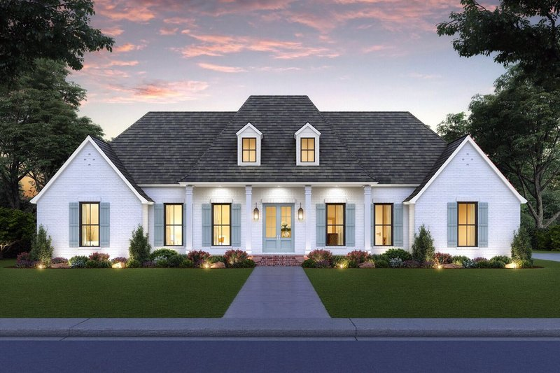 Southern Style House Plan - 4 Beds 3.5 Baths 2350 Sq/Ft Plan #1074-33 Exterior - Front Elevation