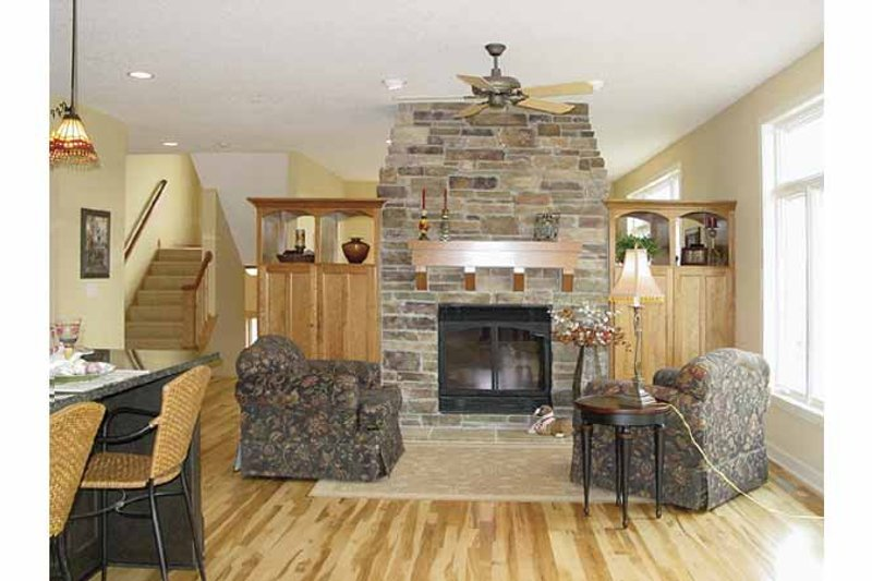 Craftsman Interior - Family Room Plan #320-1006 - Houseplans.com