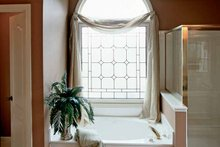 Home Plan - Country Interior - Master Bathroom Plan #927-672