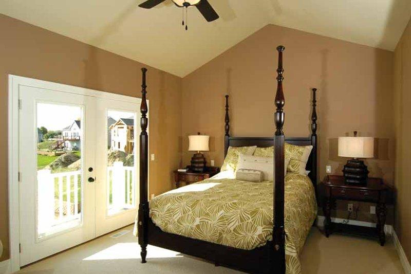 Craftsman Interior - Master Bedroom Plan #928-91 - Houseplans.com