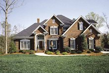 House Plan Design - Traditional Exterior - Front Elevation Plan #453-516
