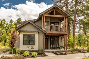 Craftsman Exterior - Front Elevation Plan #895-118