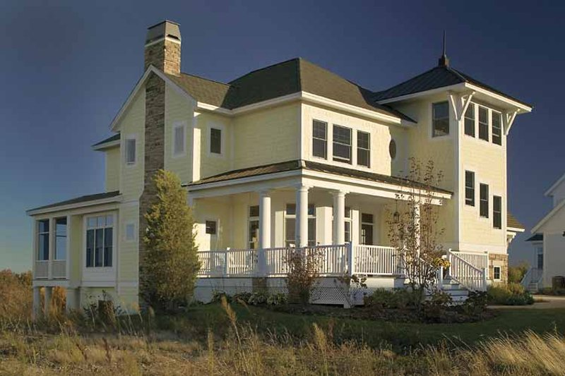 Country Exterior - Rear Elevation Plan #928-98 - Houseplans.com