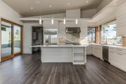 Contemporary Style House Plan - 3 Beds 3.5 Baths 3345 Sq/Ft Plan #892-23 Interior - Kitchen