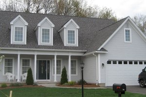 Home Plan - Colonial Exterior - Front Elevation Plan #1053-43