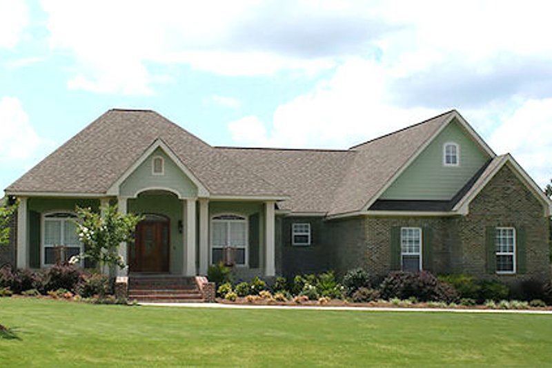 Traditional Exterior - Front Elevation Plan #21-291 - Houseplans.com
