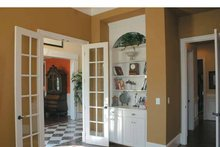 Home Plan - Colonial Interior - Family Room Plan #927-587