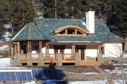 Traditional Style House Plan - 2 Beds 1 Baths 1312 Sq/Ft Plan #1042-8 Exterior - Front Elevation