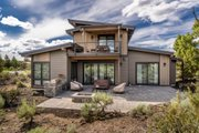 Modern Style House Plan - 3 Beds 3 Baths 2184 Sq/Ft Plan #895-113