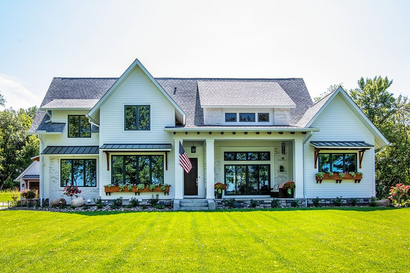 House Design - Farmhouse Exterior - Front Elevation Plan #51-1132