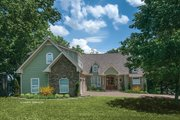 Craftsman Style House Plan - 4 Beds 3.5 Baths 3132 Sq/Ft Plan #929-407 Exterior - Front Elevation