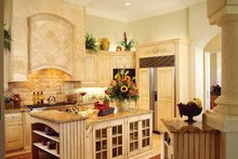 Mediterranean Interior - Kitchen Plan #930-320