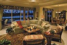 Ranch Interior - Family Room Plan #930-395