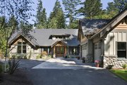 Craftsman Style House Plan - 4 Beds 3.5 Baths 3346 Sq/Ft Plan #48-548 Exterior - Front Elevation