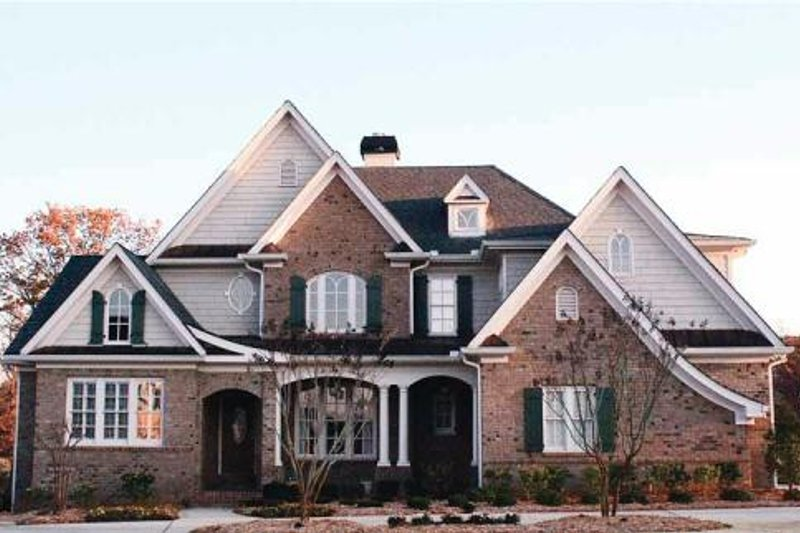 Dream House Plan - Traditional Exterior - Front Elevation Plan #54-130