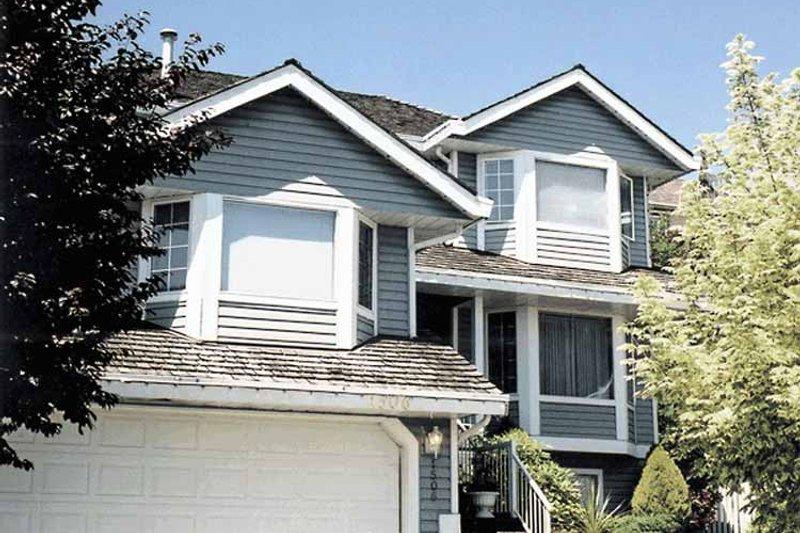 Craftsman Exterior - Front Elevation Plan #47-1053 - Houseplans.com