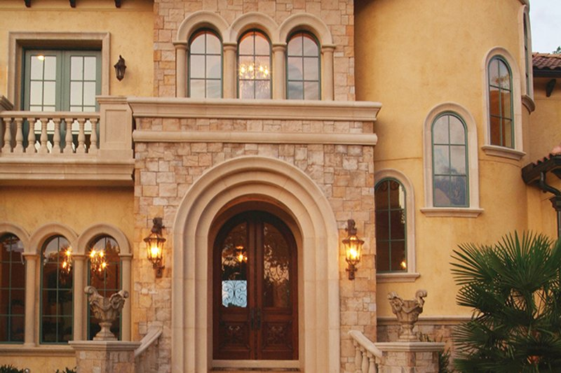 Mediterranean Interior - Entry Plan #453-617 - Houseplans.com