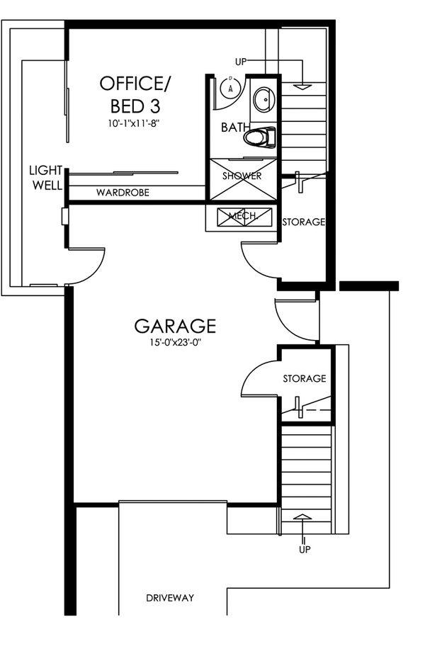 Traditional Floor Plan - Lower Floor Plan #484-13