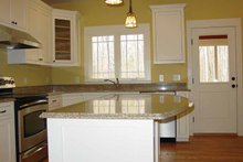 Traditional Interior - Kitchen Plan #939-3