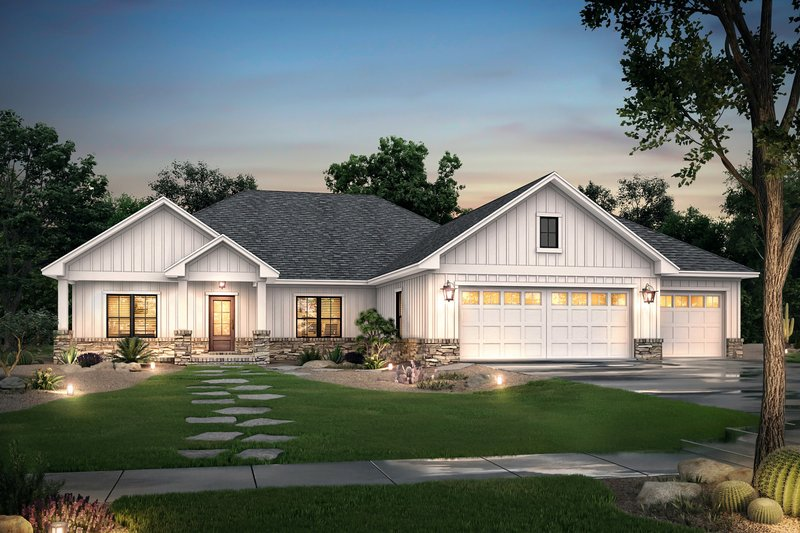 Ranch Style House Plan - 3 Beds 2.5 Baths 2230 Sq/Ft Plan #430-212 Exterior - Front Elevation