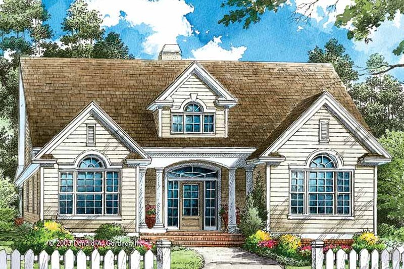Traditional Exterior - Front Elevation Plan #929-770 - Houseplans.com
