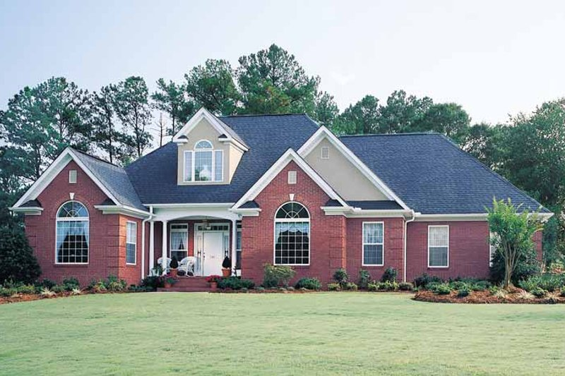 Dream House Plan - Ranch Exterior - Front Elevation Plan #929-176