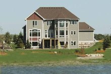 Home Plan - Craftsman Exterior - Rear Elevation Plan #320-992