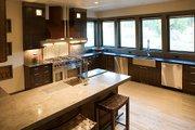 Craftsman Style House Plan - 4 Beds 3.5 Baths 3476 Sq/Ft Plan #892-7 Interior - Kitchen