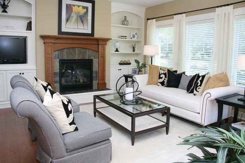 Craftsman Interior - Family Room Plan #928-193 - Houseplans.com