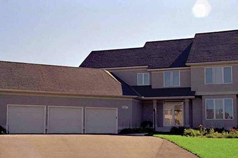Traditional Exterior - Front Elevation Plan #51-947