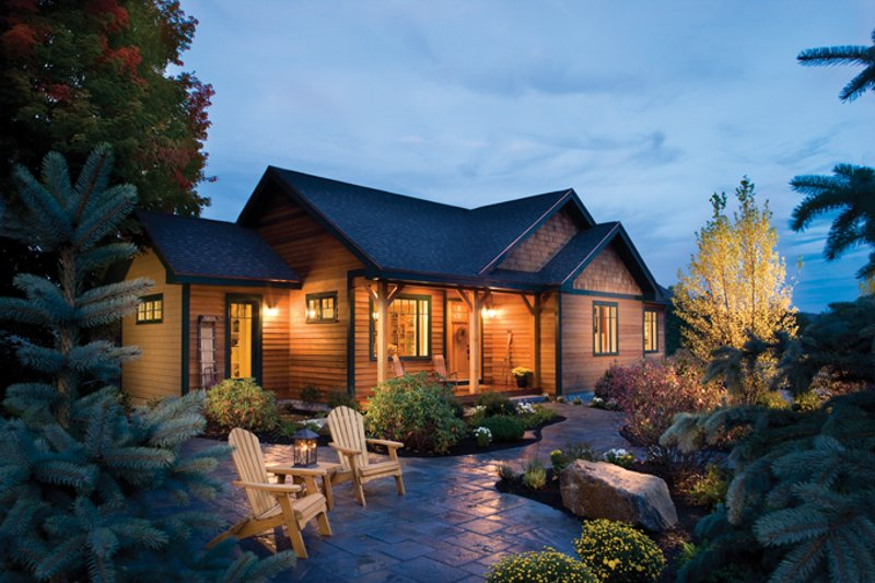 Architectural House Design - Ranch Exterior - Front Elevation Plan #942-21