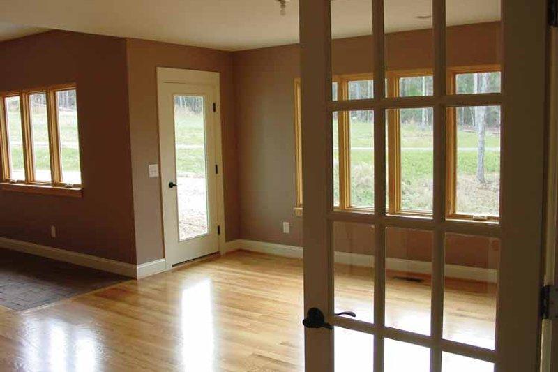 Ranch Interior - Dining Room Plan #939-6 - Houseplans.com