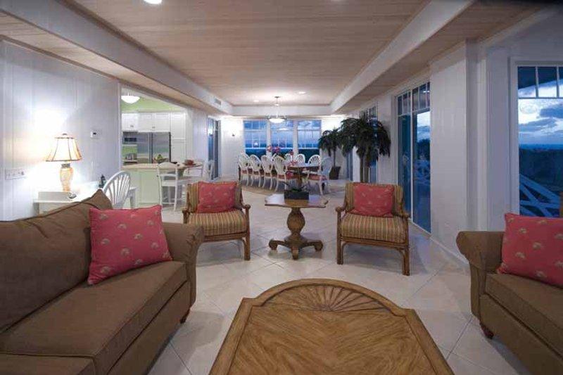 Country Interior - Family Room Plan #928-57 - Houseplans.com