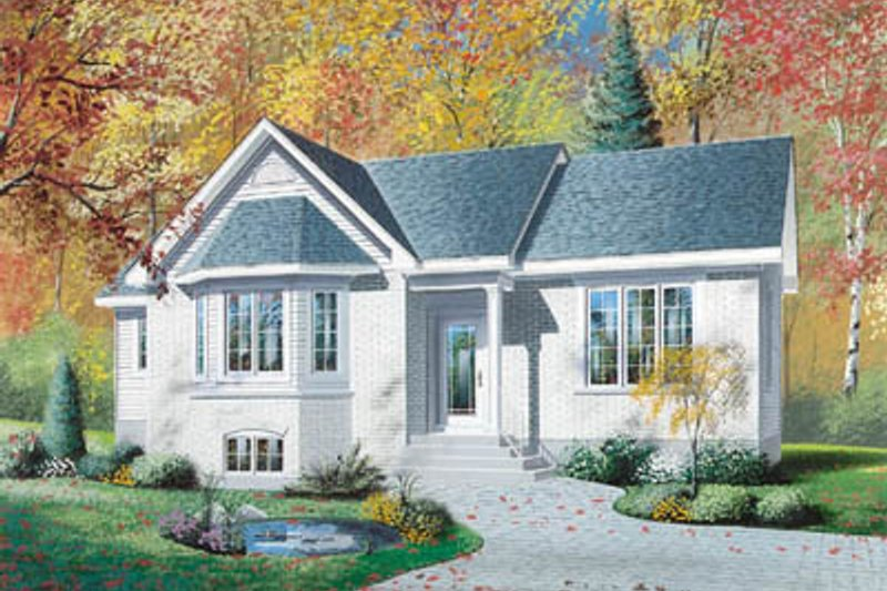 Traditional Exterior - Front Elevation Plan #23-178 - Houseplans.com