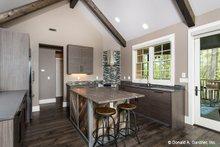 Craftsman Interior - Kitchen Plan #929-937