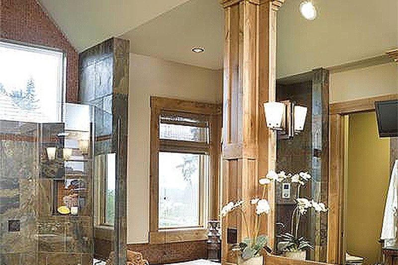 Master Bathroom - 5100 Square foot Craftsman home