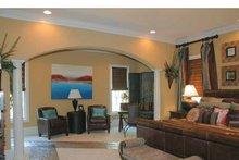 Colonial Interior - Master Bedroom Plan #927-587