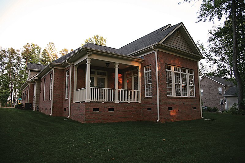 Traditional Exterior - Rear Elevation Plan #453-622 - Houseplans.com