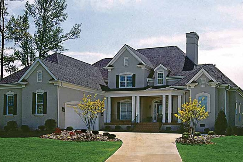 Traditional Exterior - Front Elevation Plan #453-99 - Houseplans.com