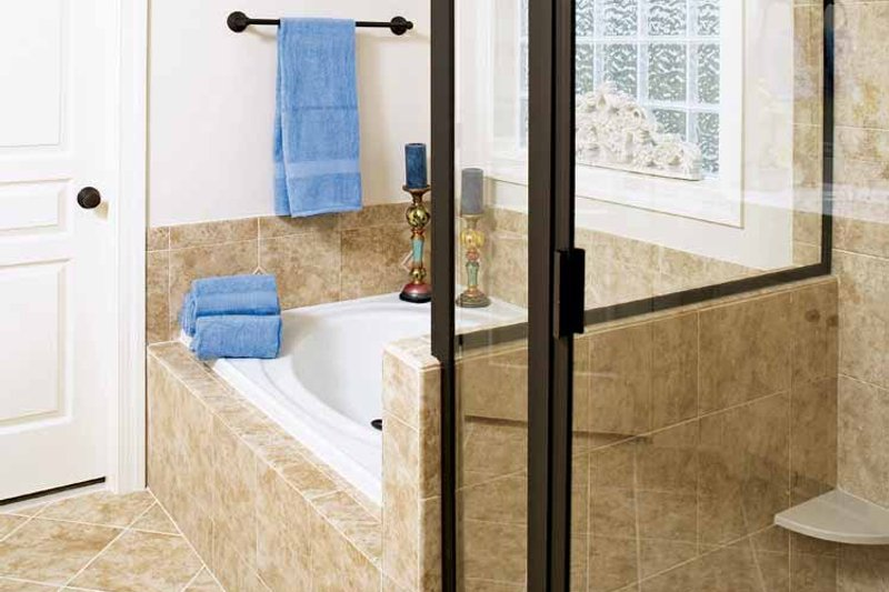 Country Interior - Bathroom Plan #929-697 - Houseplans.com