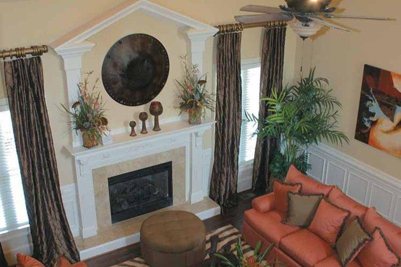 Colonial Interior - Family Room Plan #927-587 - Houseplans.com
