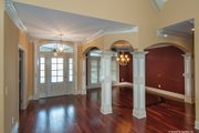 Traditional Style House Plan - 4 Beds 3 Baths 2531 Sq/Ft Plan #929-874 Interior - Entry