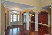 Traditional Interior - Entry Plan #929-874