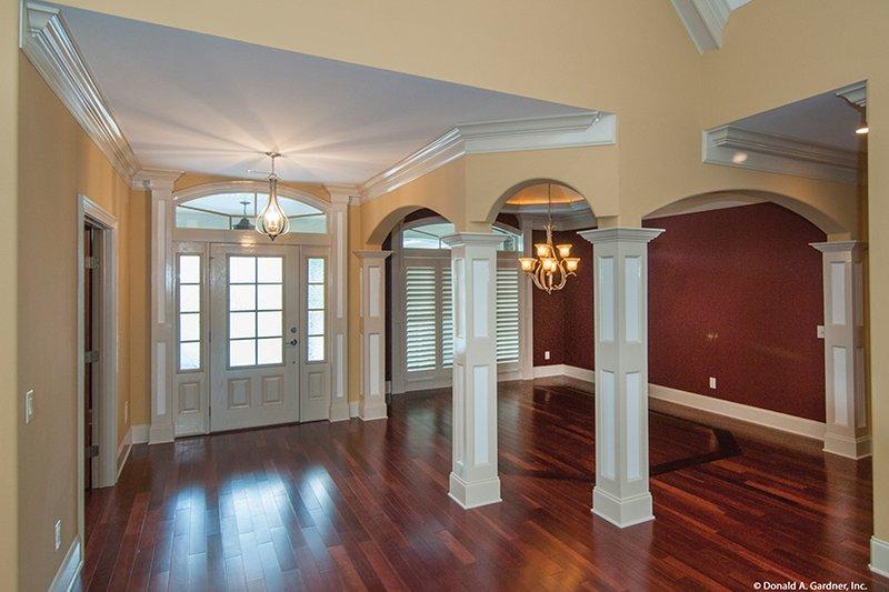 Traditional Interior - Entry Plan #929-874 - Houseplans.com