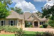 Craftsman Style House Plan - 5 Beds 4.5 Baths 4514 Sq/Ft Plan #437-100