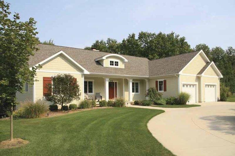 Craftsman Exterior - Front Elevation Plan #928-149