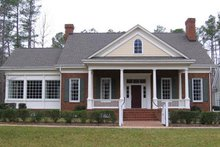 Classical Exterior - Front Elevation Plan #137-315